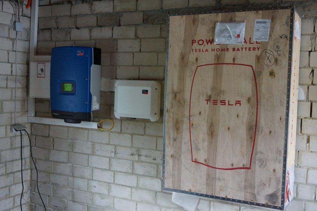 Tesla_03